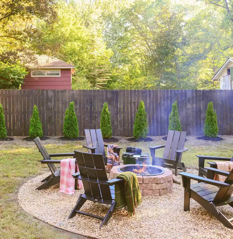 10 Before and After Backyard Makeovers #backyardmakeover Before and After Backyard Makeovers #backyardmakeover