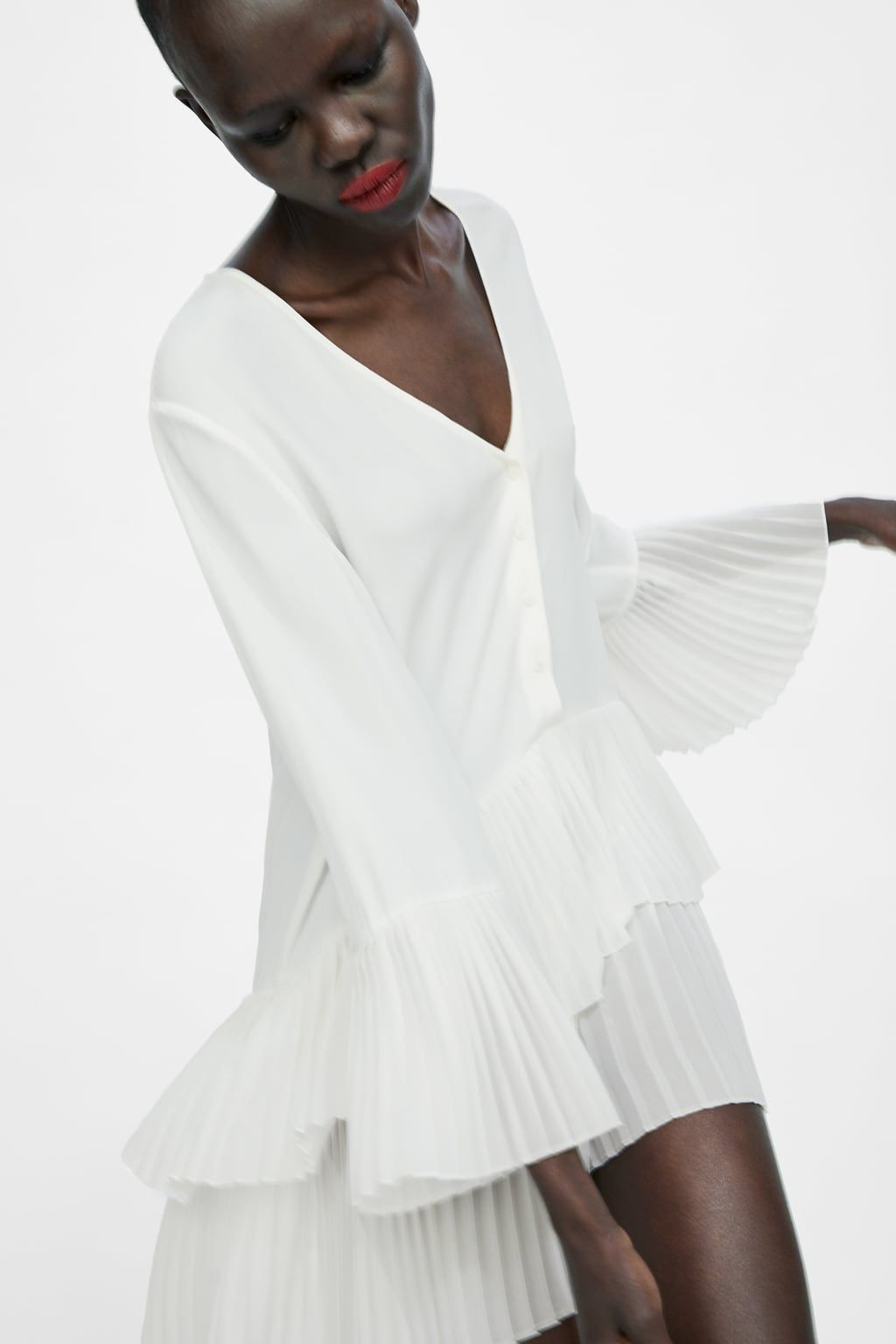 538152cc Image 1 of CONTRASTING PLEATED BLOUSE from Zara | STYLE | Blouse ...
