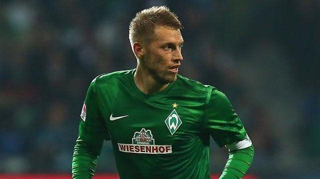 Aaron Hunt in Werder outfit