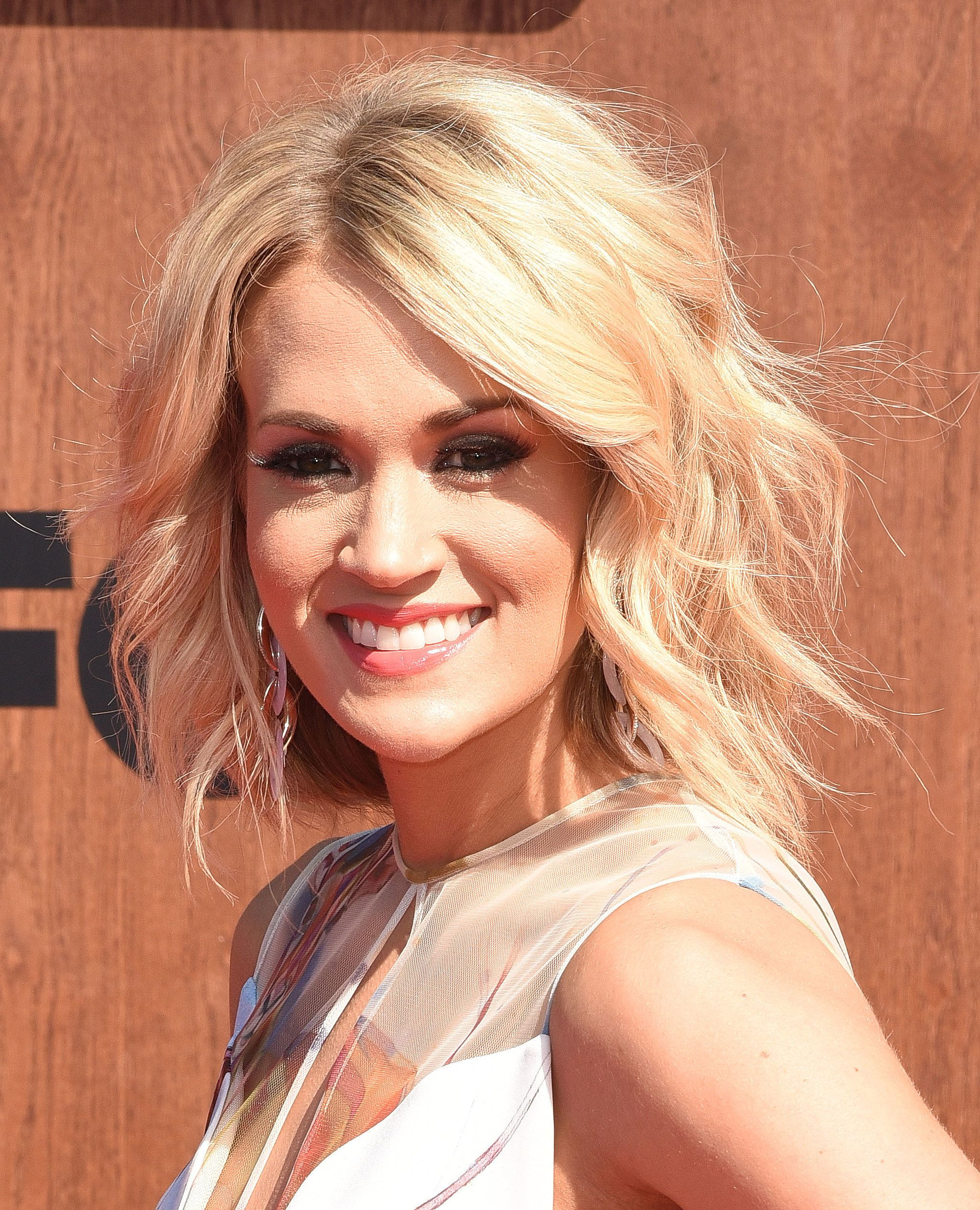 Carrie Underwood Hair Pinterest Carrie Hair Style And Haircuts