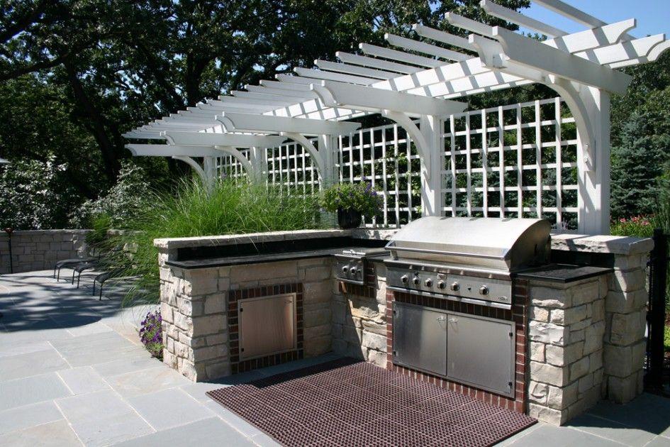 Striking Outdoor Kitchens Tampa Fl With Framed Ceramic Tile For Built In Kitchen Storage And Soapstone Coun Built In Grill Outdoor Grill Outdoor Kitchen Design