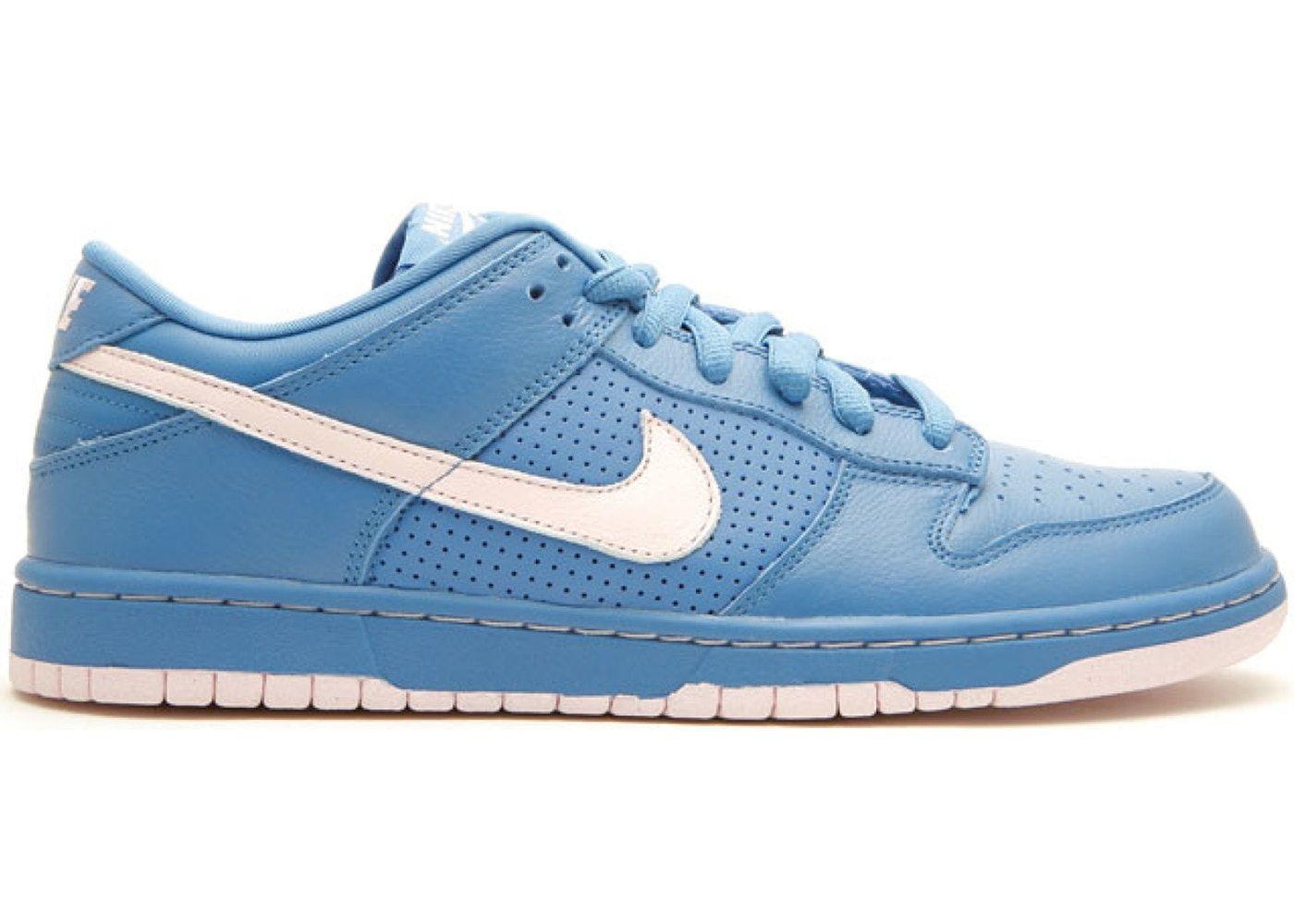 Repegar inoxidable Hay una tendencia  Nike SB Dunk Low Varsity Blue Pink Ice   Nike sb dunks, Nike sb, Mens vans  shoes