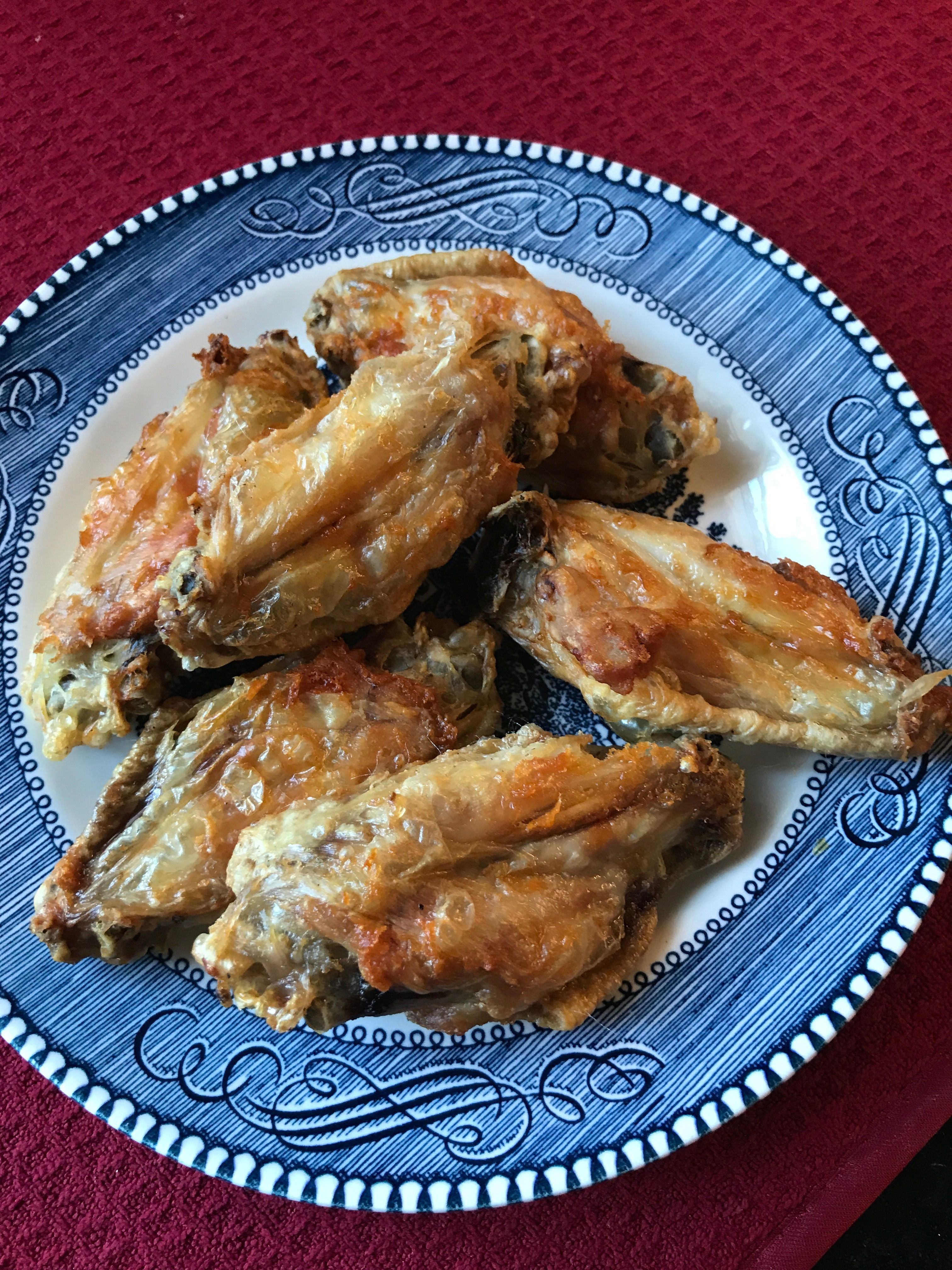 Chicken wingers in the air fryer. Delicious. Temp 400 for