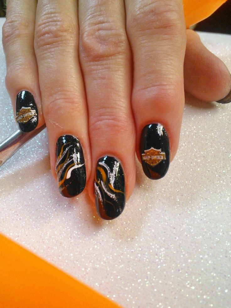 harley davidson designs for gel nails   Via Jolene Holdorf - 13 Ultra Cool Harley Davidson Nail Designs Harley Davidson