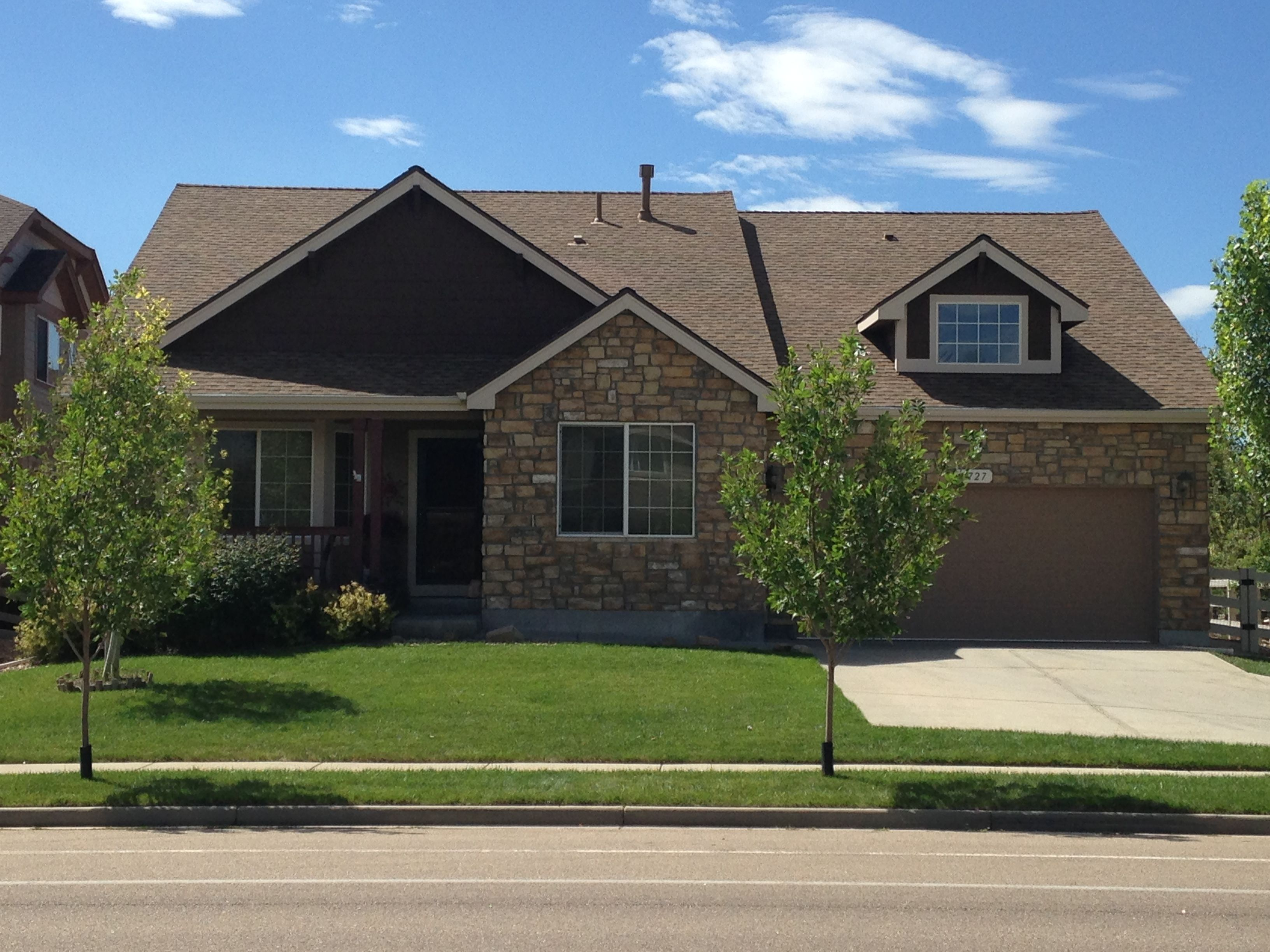 This House In Fort Collins Was Hit Badly With Hail We Installed A New Roof On It The Color Of The Shingles Is Barkwood Fro With Images Roofing Contractors Roof Roofing