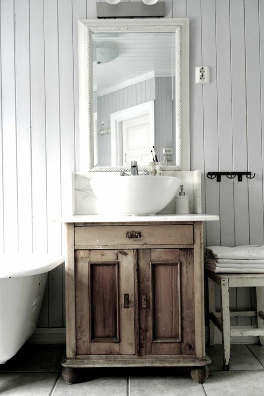 Shabby Chic Bathroom Vanity Ideas 10