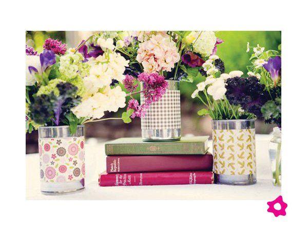 Centros de mesa para boda en latas con papel decorativo primer