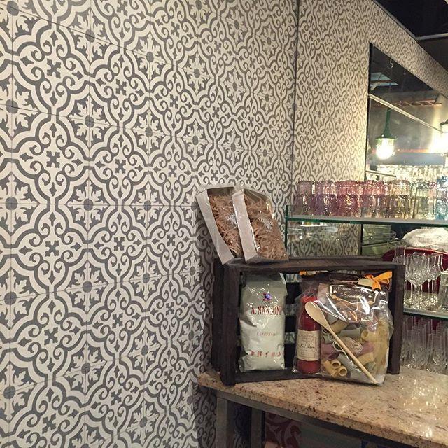 wirliebenfliesen #keramikloft #hannover #restaurant #patchwork - trend fliesen