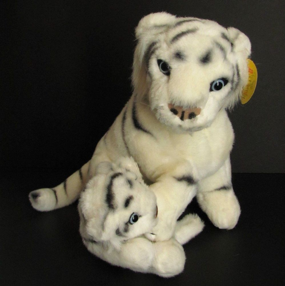 Barnum Bailey Circus Plush White Tiger W Baby Realistic Stuffed