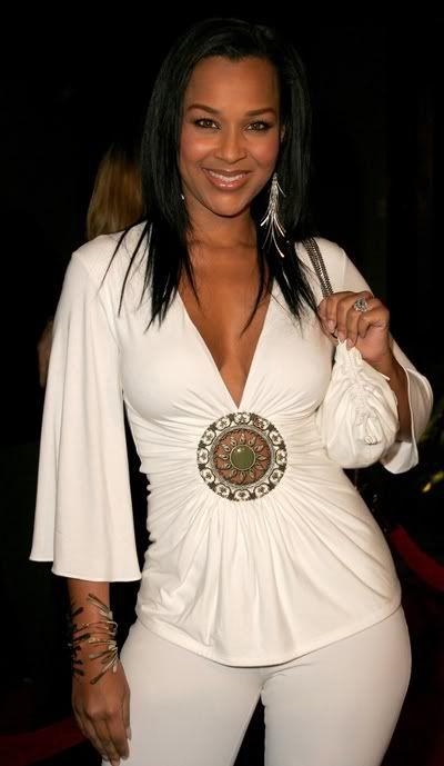 Actress Lisa Ray Players Club | lisa raye # sexy # single ...