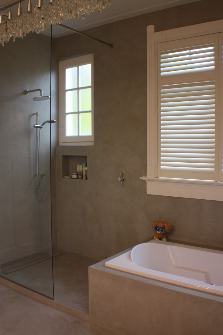 Is een open douche een idee? Of kont alles dan onder water en kalk ...