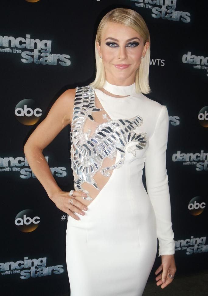 .@JulianneHough's #DWTS fashion game is on-point once again: http://trib.al/YXLXVz5