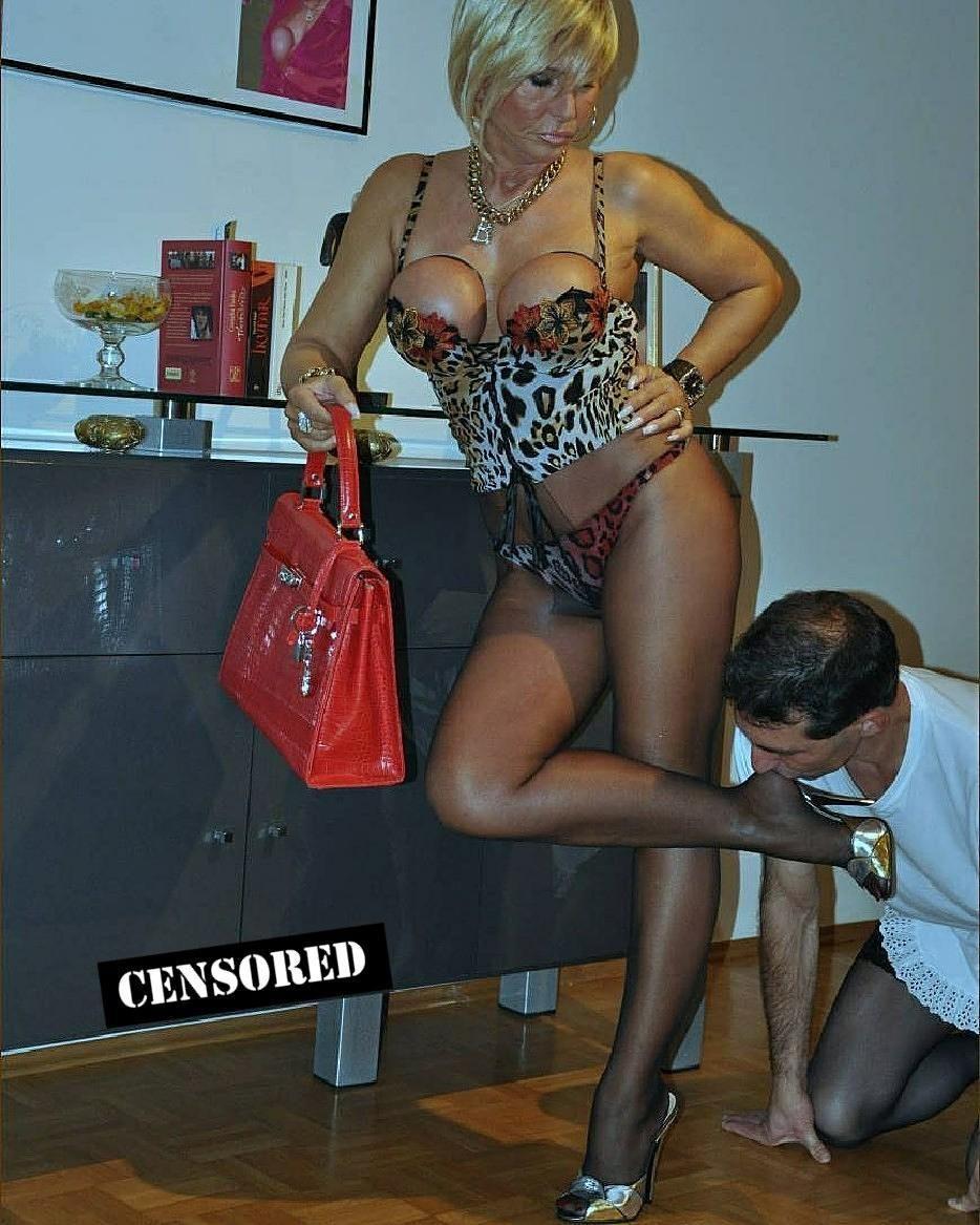 Nude srilankan women
