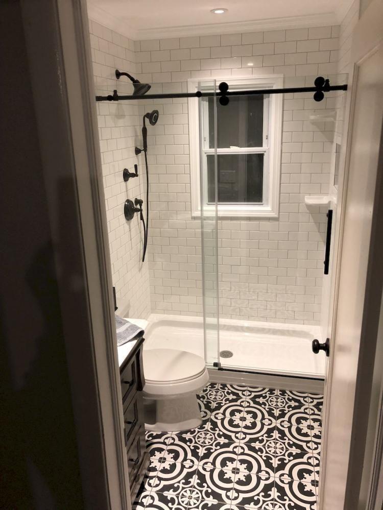 Unusual Farmhouse Bathroom Remodel Decor Ideas Decorating