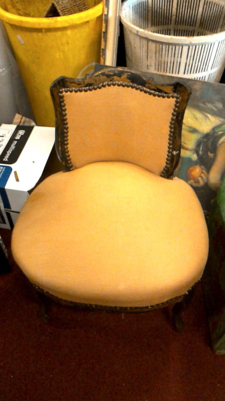 Troc De L'ile Avignon : l'ile, avignon, FAUTEUIL, STYLE, LOUIS, D'occasion, Troc.com, Trouvailles, L'ile, Furniture,, Chair,, Decor