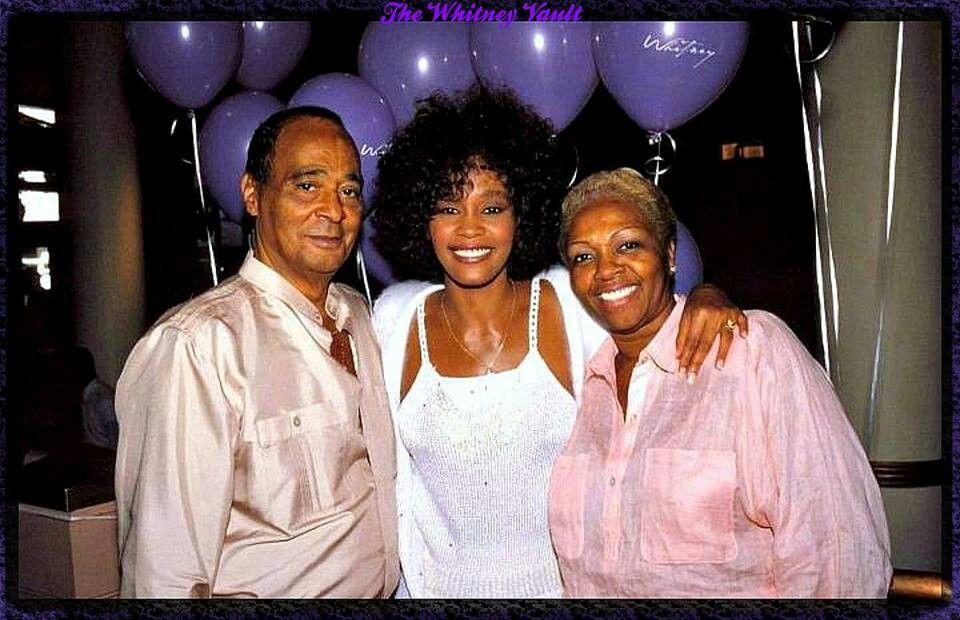 Whitney Houston And Her Parents Whitney Houston Celebrity Families Singer