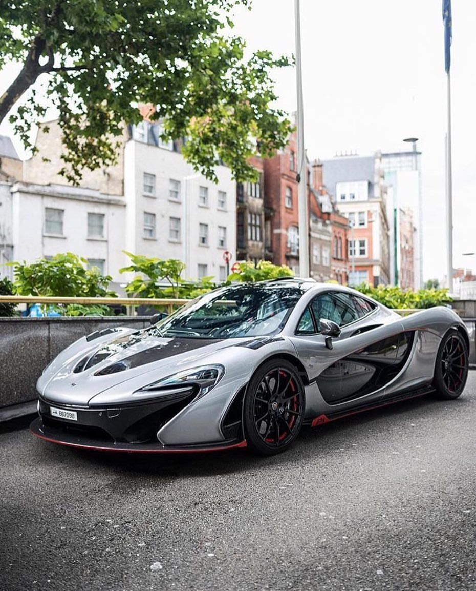 D8mart Com Mclaren P1 Mso Fantastic Photo By Horsepower Hunters Supercars Fast P1 Luxu Sports Cars Mustang Affordable Sports Cars Cool Sports Cars