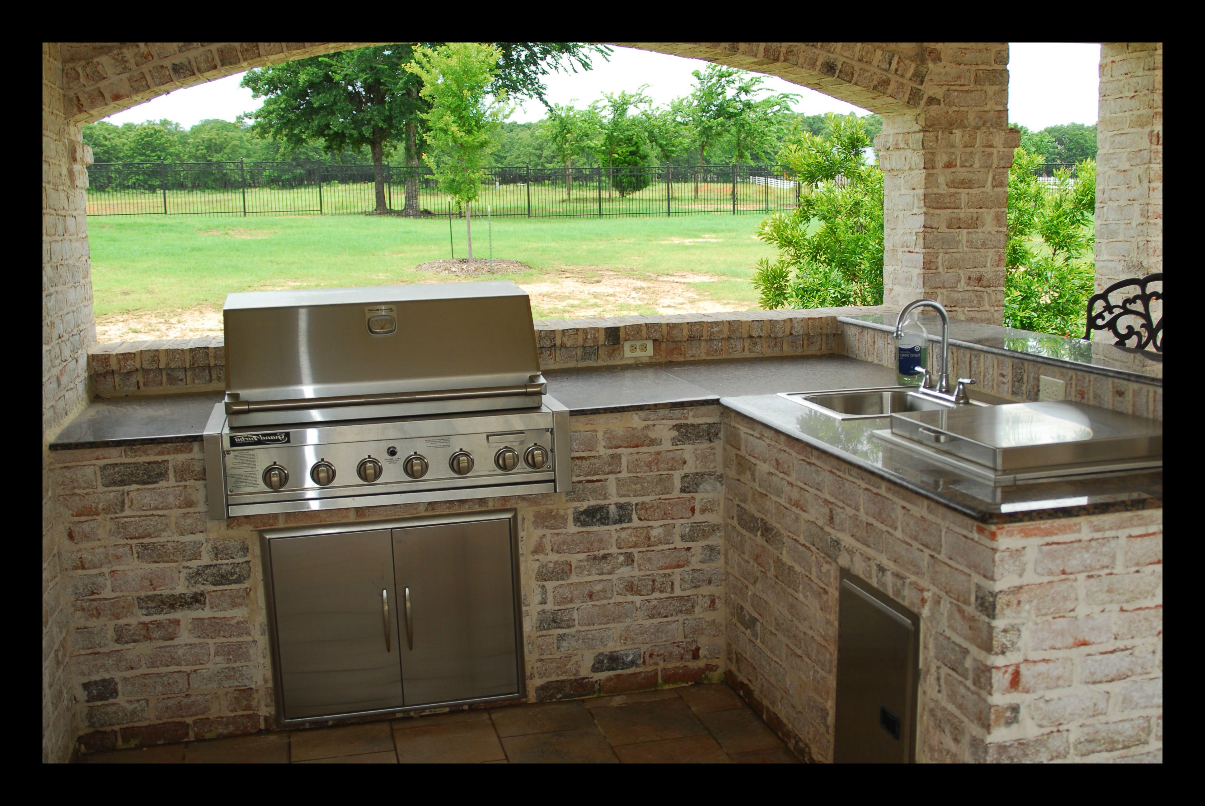 Minimalist Concrete Kitchen Countertop Ideas 4 Outdoor Kitchen Outdoor Kitchen Countertops Outdoor Kitchen Design