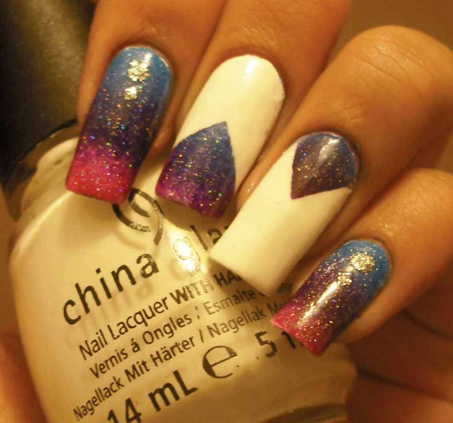 Blue, purple and pink gradient nails by ~aleidapinon on deviantART