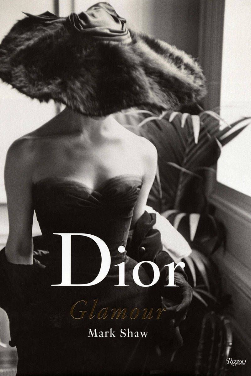 Gift Guide The Best Fashion Books Of The Year Best Fashion Books Fashion Books Glamour