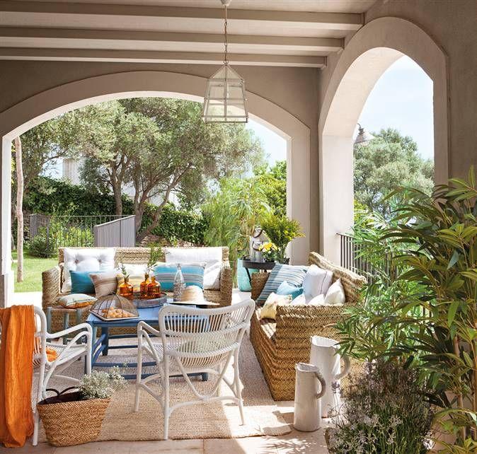 Un porche con vistas para todo el a o fibra terrazas y - Muebles de porche ...