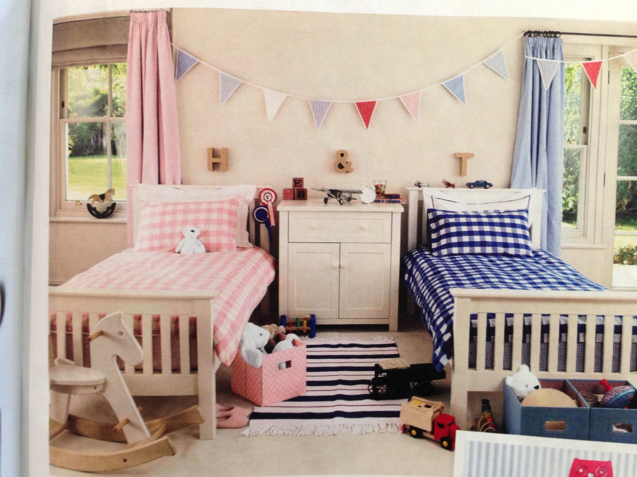 Bedroom designs for boys and girls - A Shared Bedroom For A Boy And A Girl Inspiration For Handmade Crochet Bunting