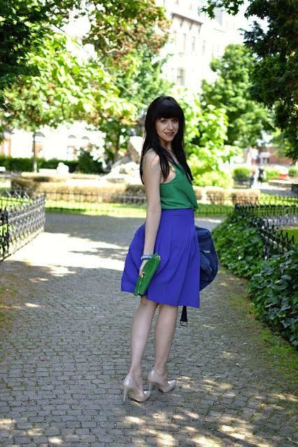 STAČÍ TAK MÁLO_Katharine-fashion is beautiful_Zelený top_Katarína…