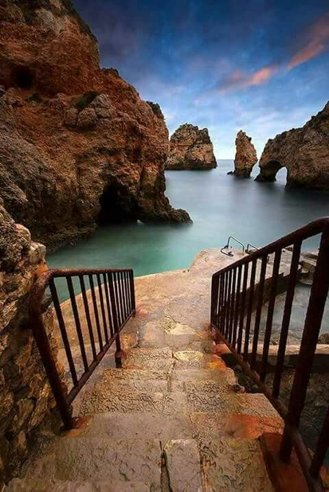 ec5a72ff8f257990a59019b998c74866 - 12 Must-Visit Places In Portugal