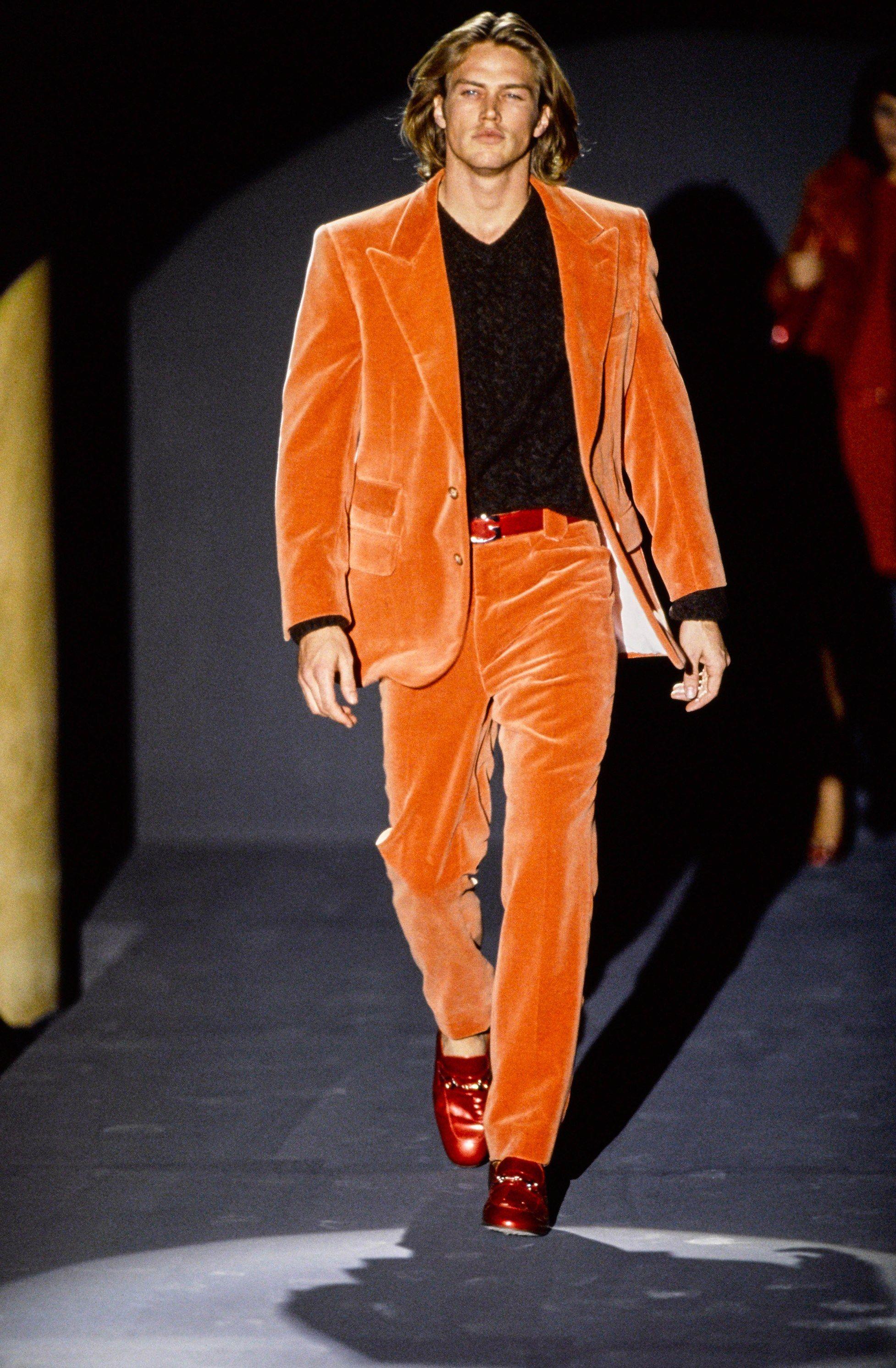 Gucci Fall 1995 Ready-to-Wear Fashion Show - Jason Lewis 44cc8075b33