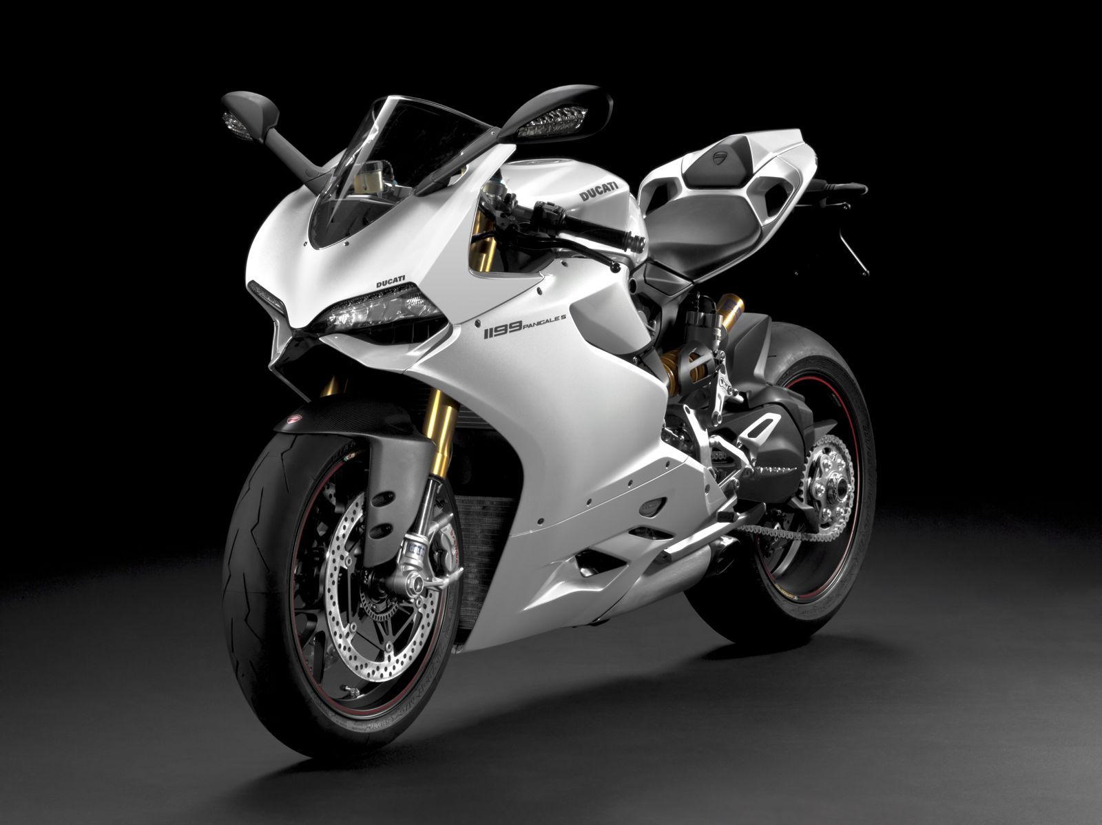 ducati 1199 panigale cars motorcycles worth a look pinterest. Black Bedroom Furniture Sets. Home Design Ideas