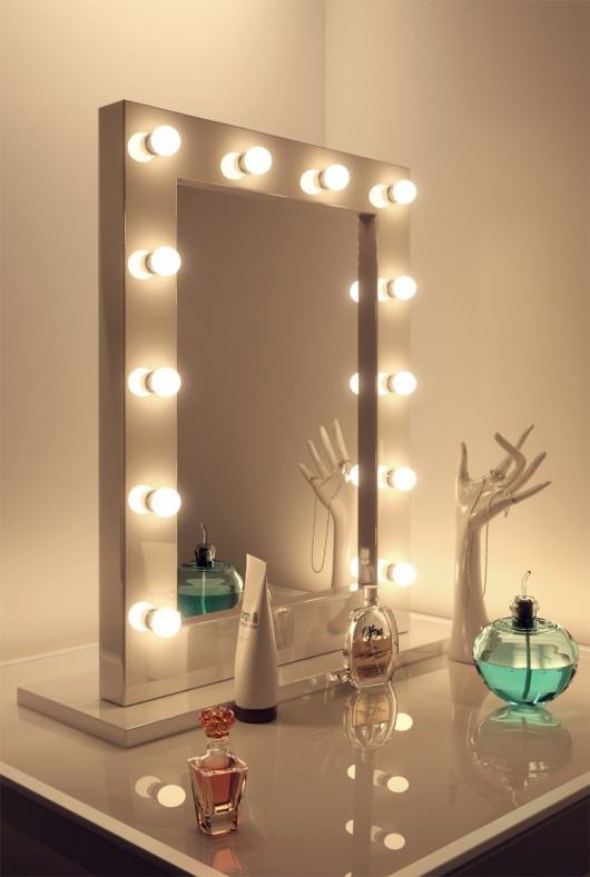 Anastasia White High Gloss Mirror (Medium) Makeup table