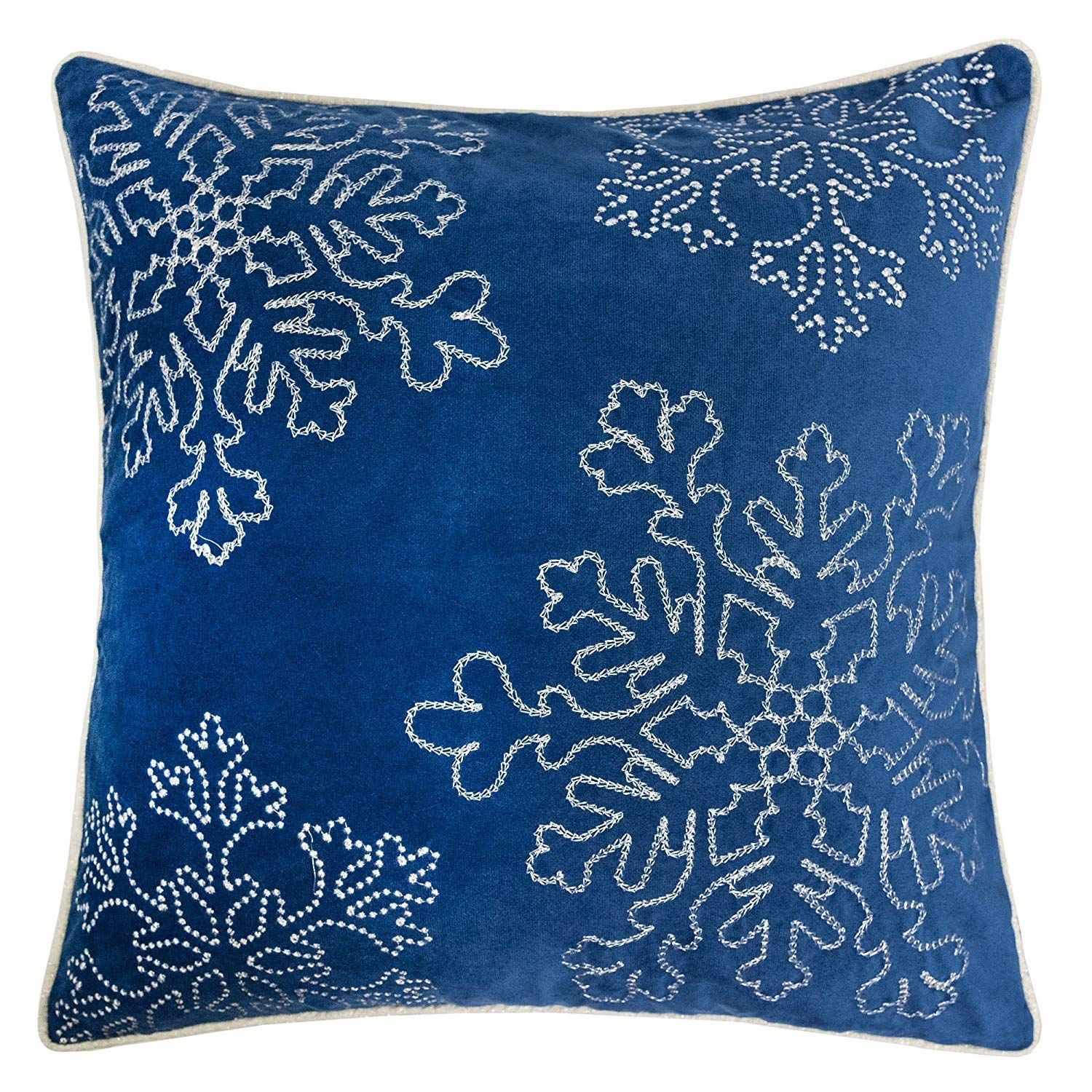15 Beautiful Blue And White Christmas Pillow Covers Christmas Pillow Covers Throw Pillows Velvet Throw Pillows