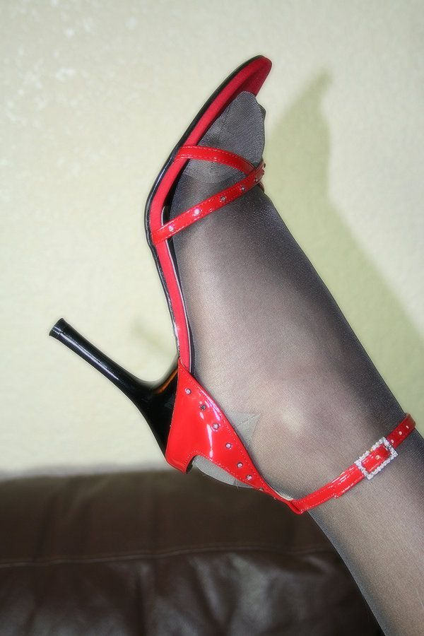 Ametuer mature pantyhose can not