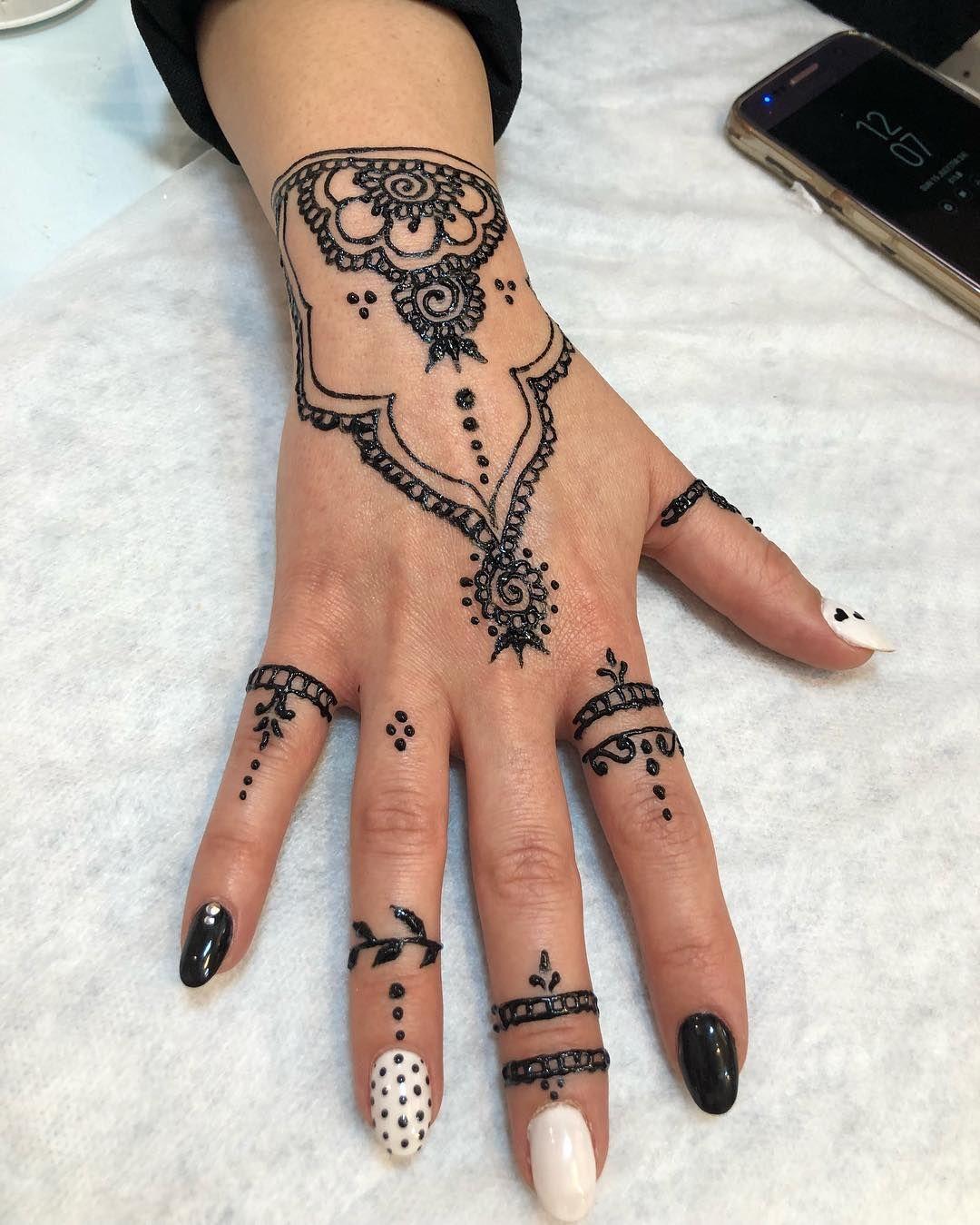 حنا Henna Henna Hand Tattoo Hand Tattoos Hand Henna