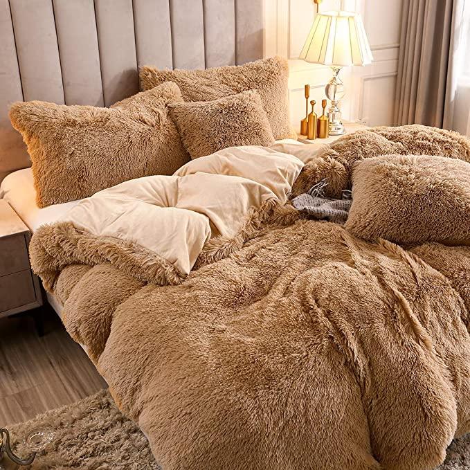 Amazon Com Uhamho Faux Fur Velvet Fluffy Bedding Duvet Cover Set Down Comforter Quilt Cover With Pillow S In 2021 Fluffy Duvet Fluffy Bedding Room Inspiration Bedroom