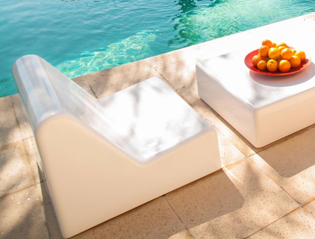 Mirá imágenes de diseños de Jardines estilo moderno}: Mobiliario Shapes. Encontrá las mejores fotos para inspirarte y creá tu hogar perfecto.