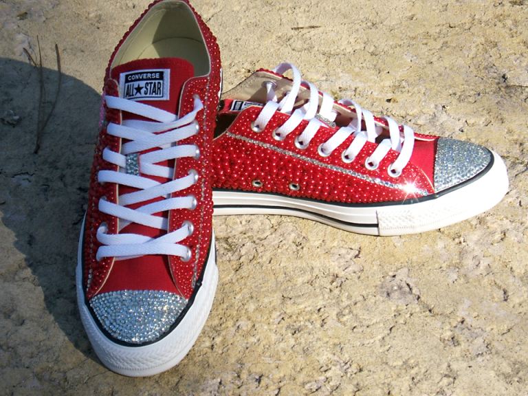 Vintage Corverse All Star Valentine Hearts Pink & Red Chuck