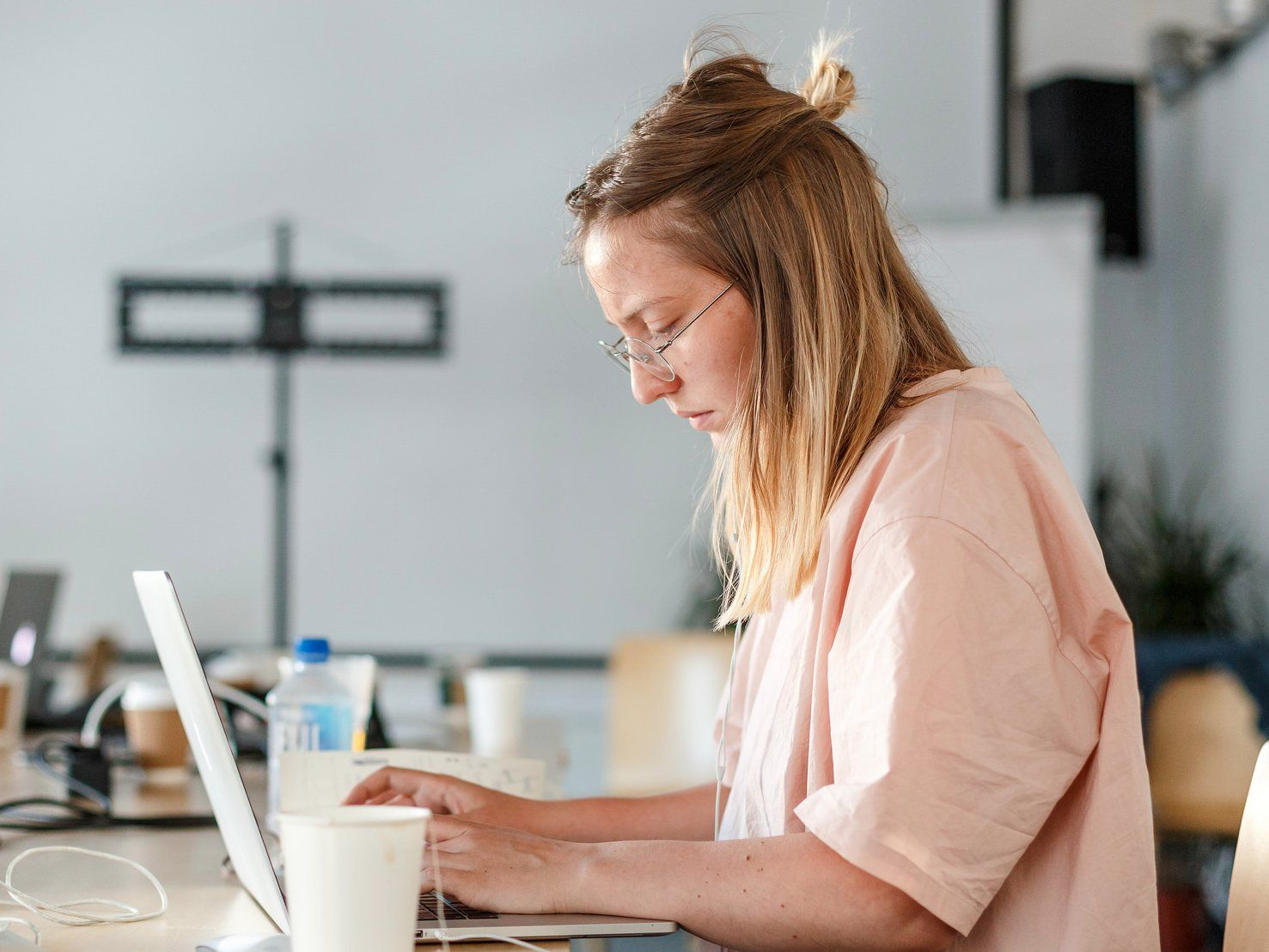 8 highpaying workfromhome jobs that don't require a