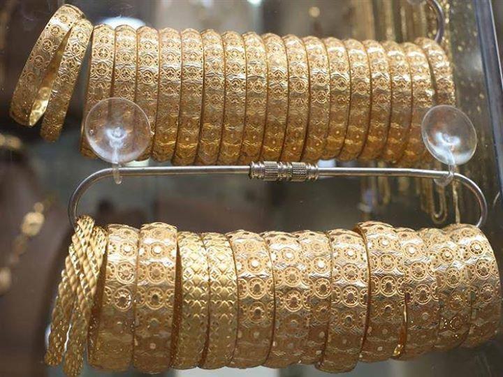 الذهب يتراجع 9 جنيهات في مصر بعد انخفاض الدولار كتبت إيمان منصور انخفضت أسعار الذهب في السوق المصري خلال تعاملات اليو Diamond Bracelet Wrap Bracelet Jewelry