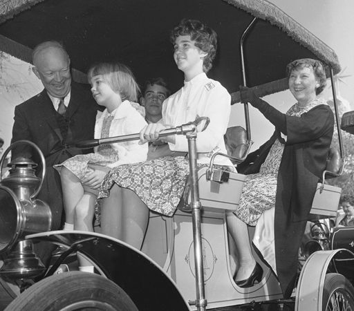 Stargazing Wishes In Anaheim Ca: Dwight And Mamie Eisenhower With Family At Disneyland In