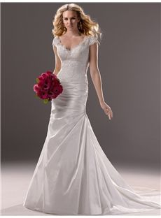 Vintage Trumpet Beading V-Neck Taffate Wedding Dresses With Button
