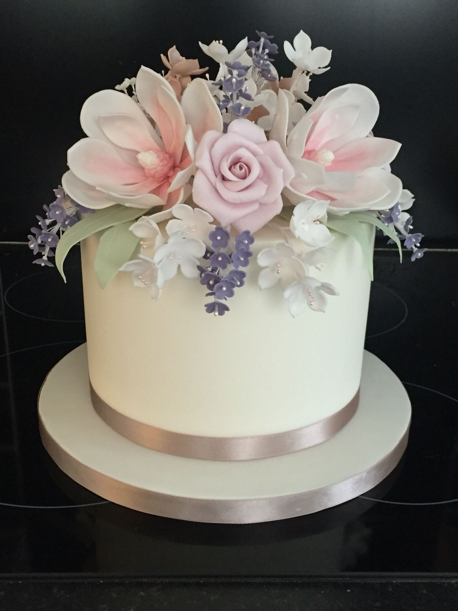 Single Tier Wedding Cake With Stunning Flowers Works Equally Well As A Top Tier By Ruby Belle Cakes Brighton Simple Wedding Cake Belle Cake Flower Cake