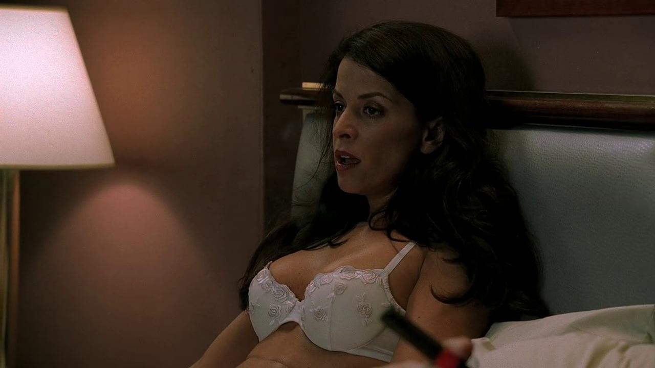 sex-pregnant-annabella-sciorra-naked-pictures