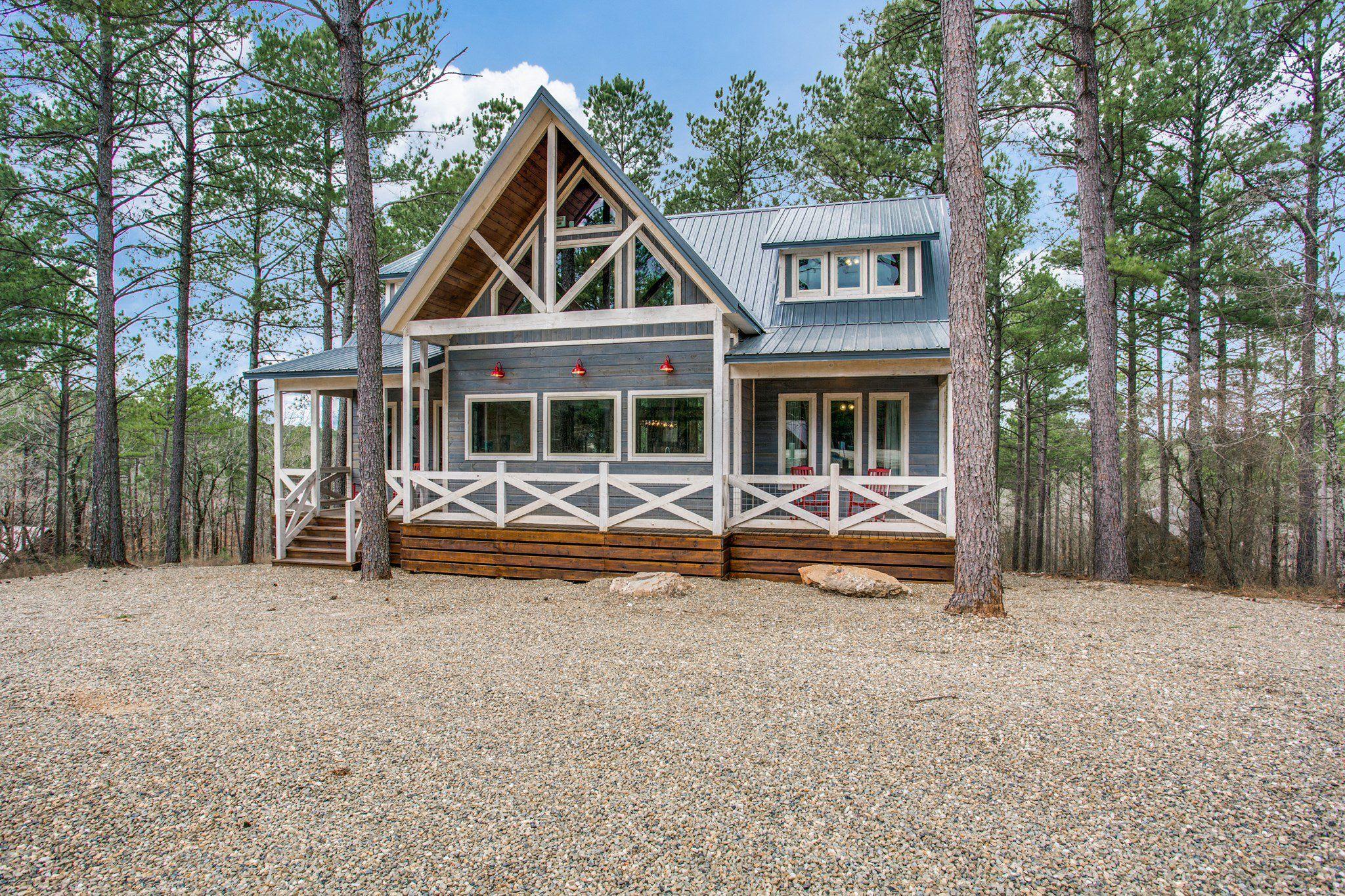 Vacation Cabin in Broken Bow, OK Cabin, White cabin