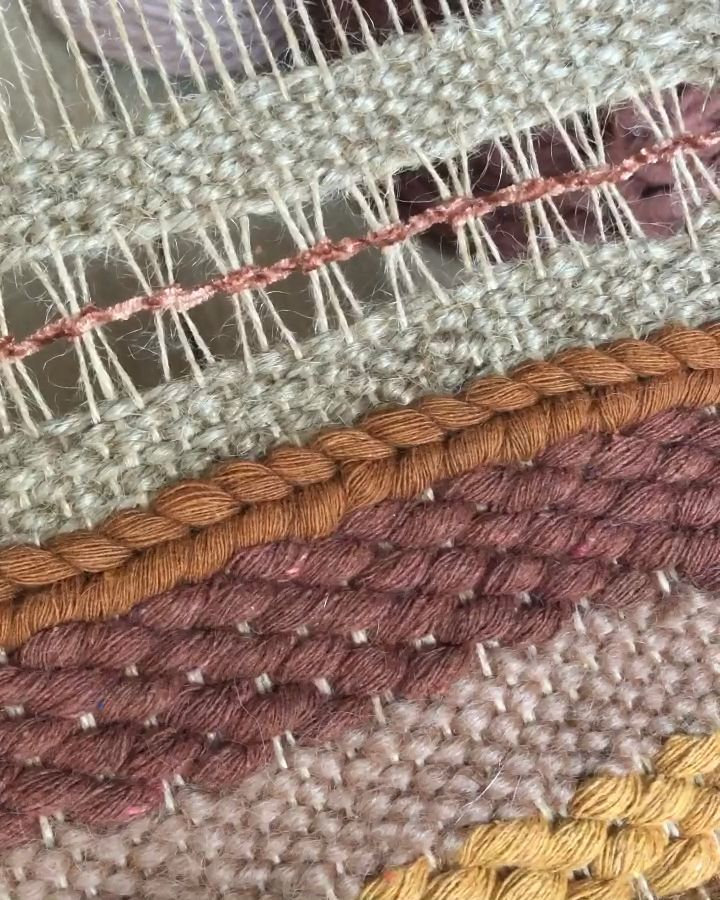 Simple embroidery for your weaving loom
