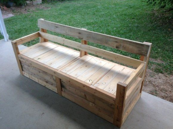 Sgabello Con Pallet : Patio chair storage box made with pallets