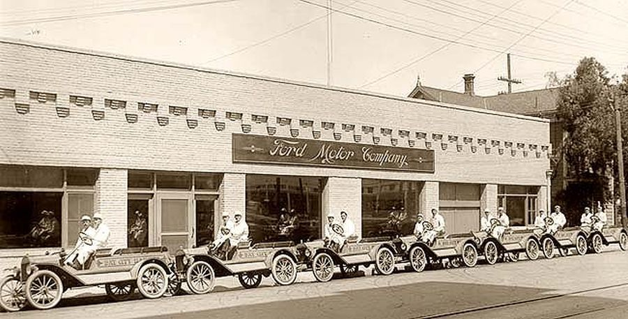 Model T Ford Forum Old Photo Bay City Ford Dealership Street