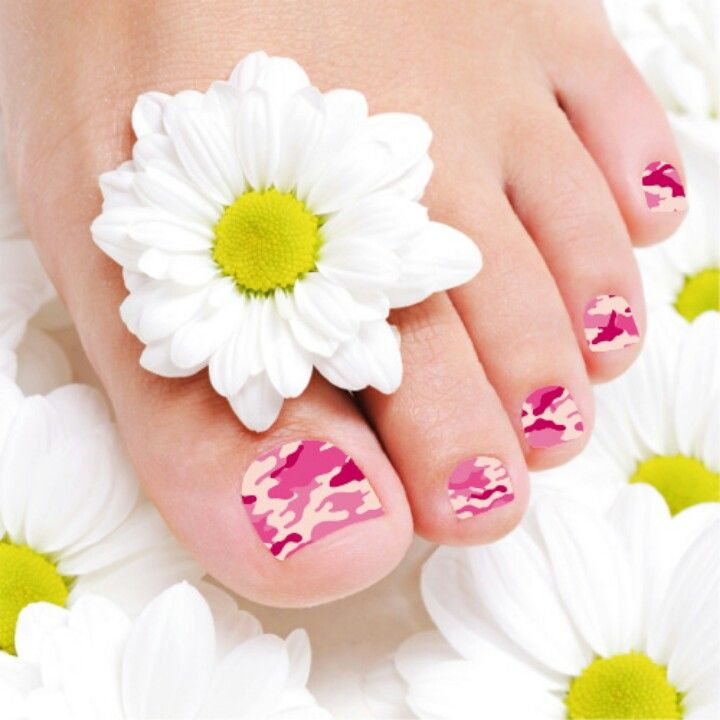 Love These Cute Pink Camo Toe Nailswould Look Great Wthe Pink Camo