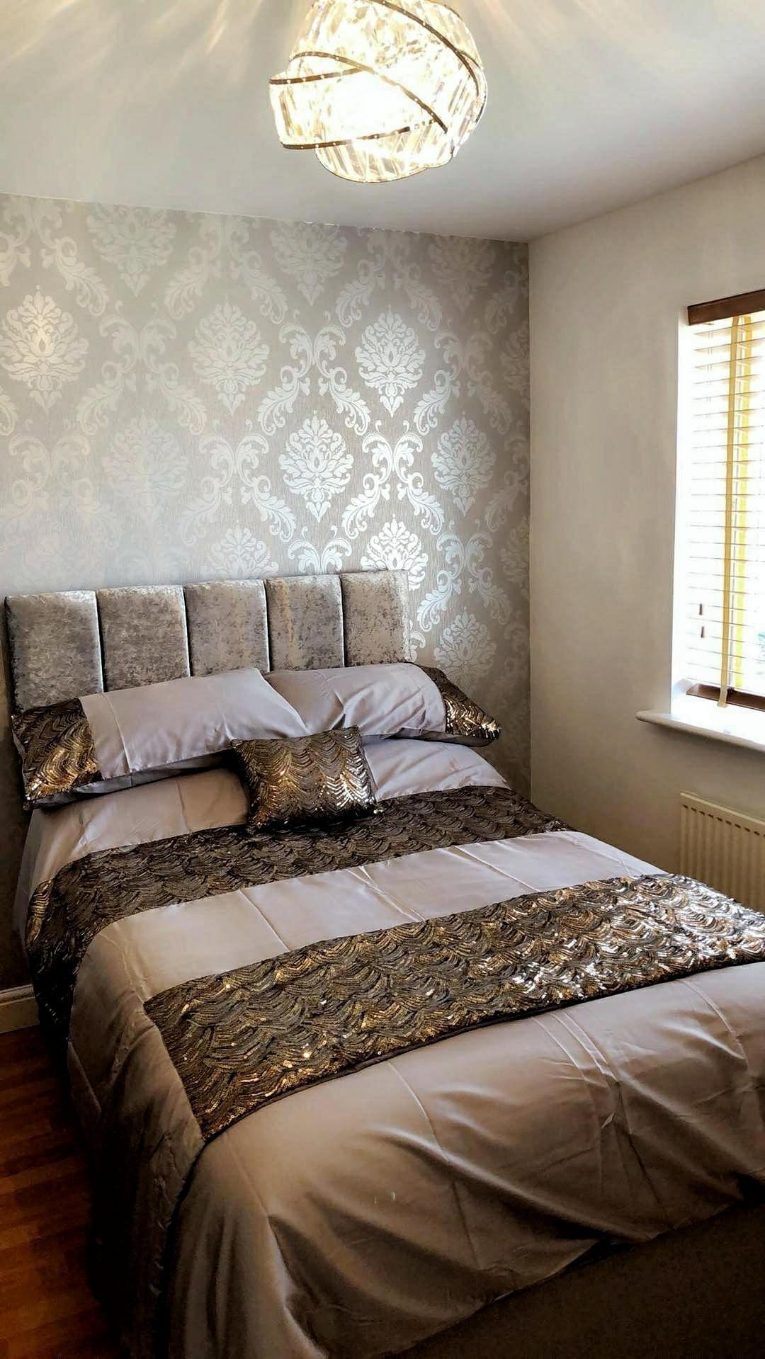 henderson interiors chelsea glitter damask wallpaper soft grey rh pinterest com
