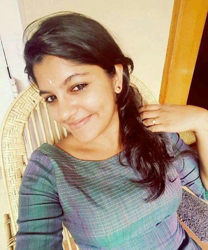 Pin by Monjenzz of kerala 🔵 on Aparna Balamurali   Beauty
